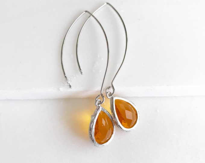 Orange Drop Earrings in Silver. Orange Bridesmaids Earrings. Wedding Jewelry. Dangle Earrings. Bridal Party Gift.