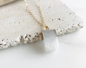 White Raw Geode Necklace in Gold. Raw Stone Necklace. White Crystal Stone Necklace