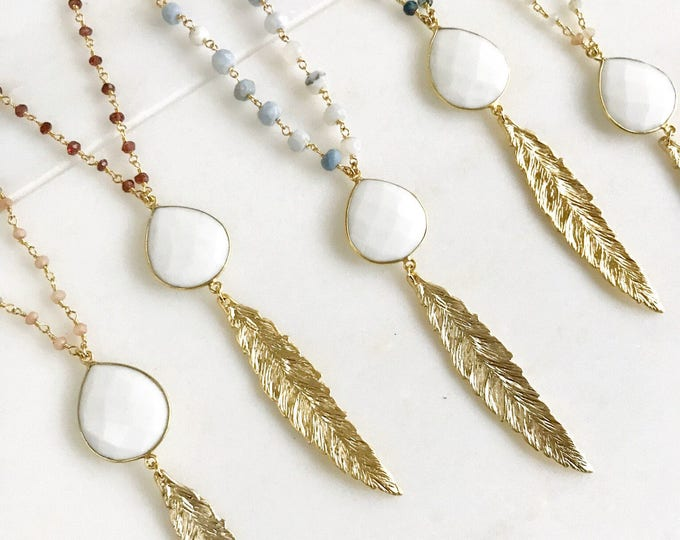 Long Gold Leaf Necklace with White Agate Stone. Layering Necklace. Gold Feather Necklace. Beaded Necklace. Bohemian Jewelry. Boho Jewelry.