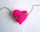 Valentines  Knit jewelry-Crochet Neon Pink heart and arrow. Necklace. Fluo Pink.