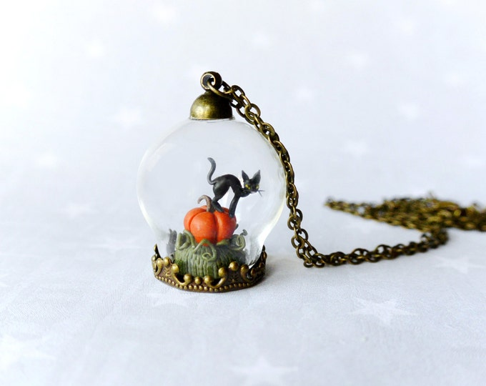 Halloween Necklace Pumpkin & black cat. Fairy tale necklace.