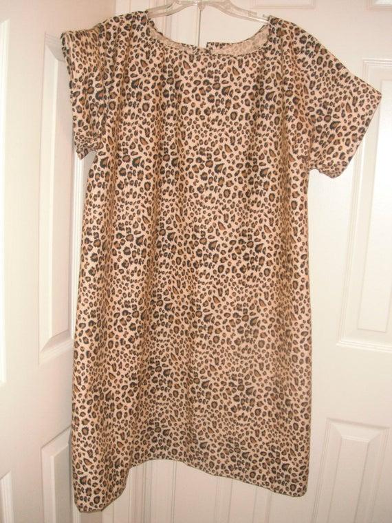 Leopard print cotton hospital gown