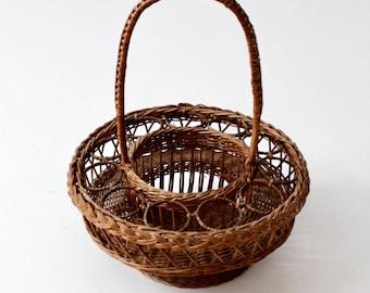 vintage wicker drink carrier basket, picnic basket, wine basket