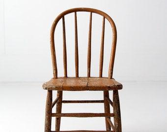 primitive farmhouse chair, antique spindle back windsor chair