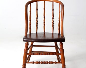 antique Windsor chair, turned spindle back wood chair