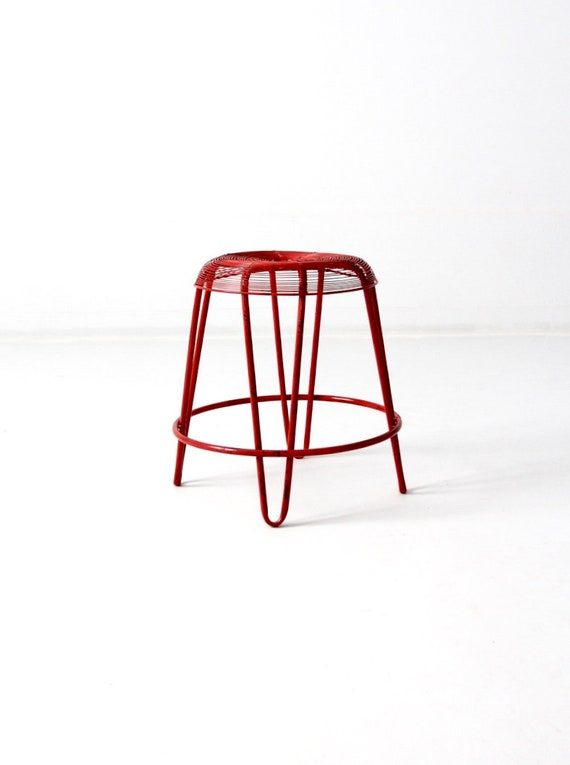 Cool Mid Century Wire Stool Red Metal Stool Pdpeps Interior Chair Design Pdpepsorg