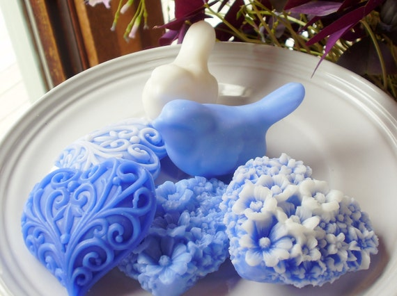 Blue and White Love Birds with Hearts