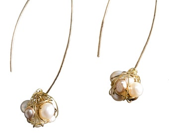 Gold Earrings with Pearl Nest