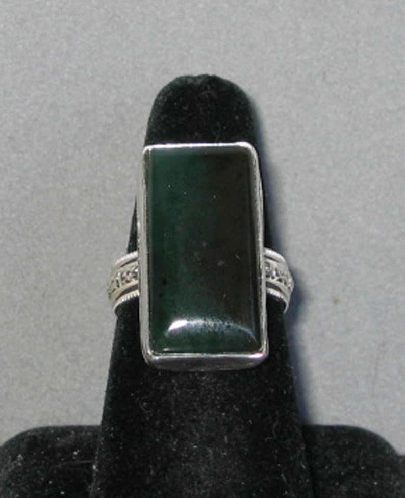 Size 8 14 Jade in Sterling Silver Ring
