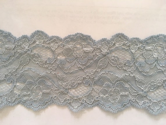 """2 yards RED Floral Double Scalloped  Lace trim 4 /""""W L 7-1.USA SHIPPER"""