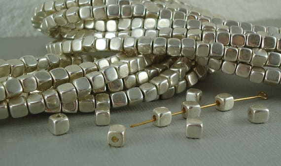 Argenté 50Pcs Acier Inoxydable Loose Round Spacer Beads À faire soi-même Jewelry Making