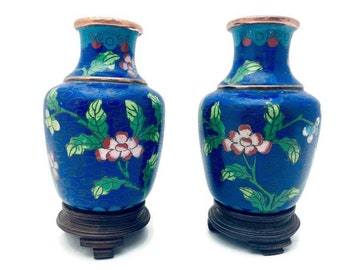 "Mini Asian Oriental Chinese Porcelain Vases 6 Pieces Vintage  2.5/"" Dollhouse"
