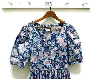 Laura Ashley Dress, Vintage Size USA 10 UK 12, Eur 38, Cotton Blue Floral Garden Party