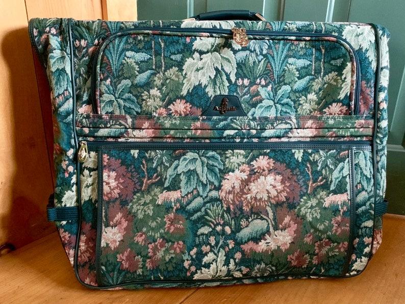 48bee618858f18 Vintage Atlantic Garment Bag Green Floral Tapestry Travel