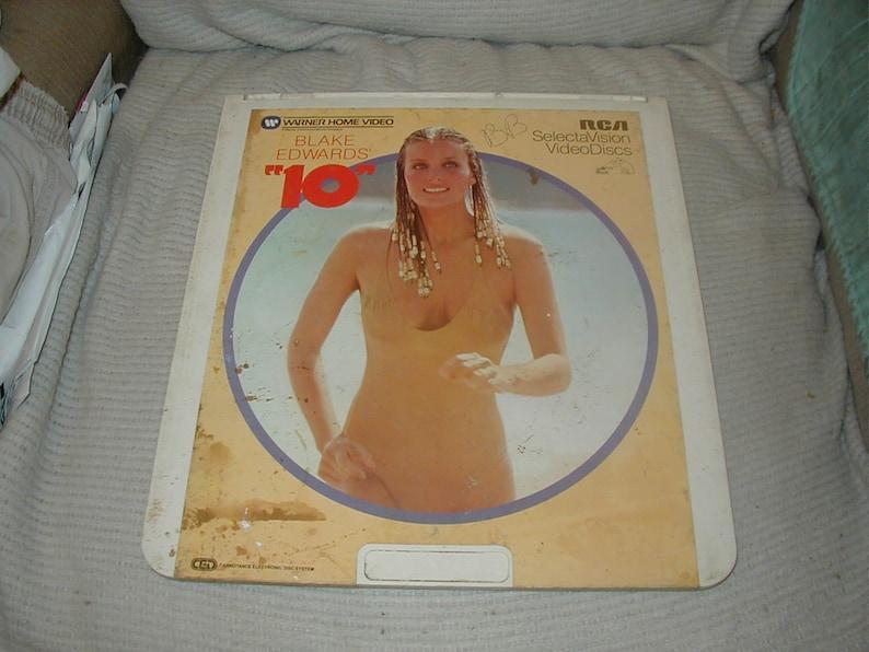 Video Disc 10 Bo Derek Dudly Moore CED image 0