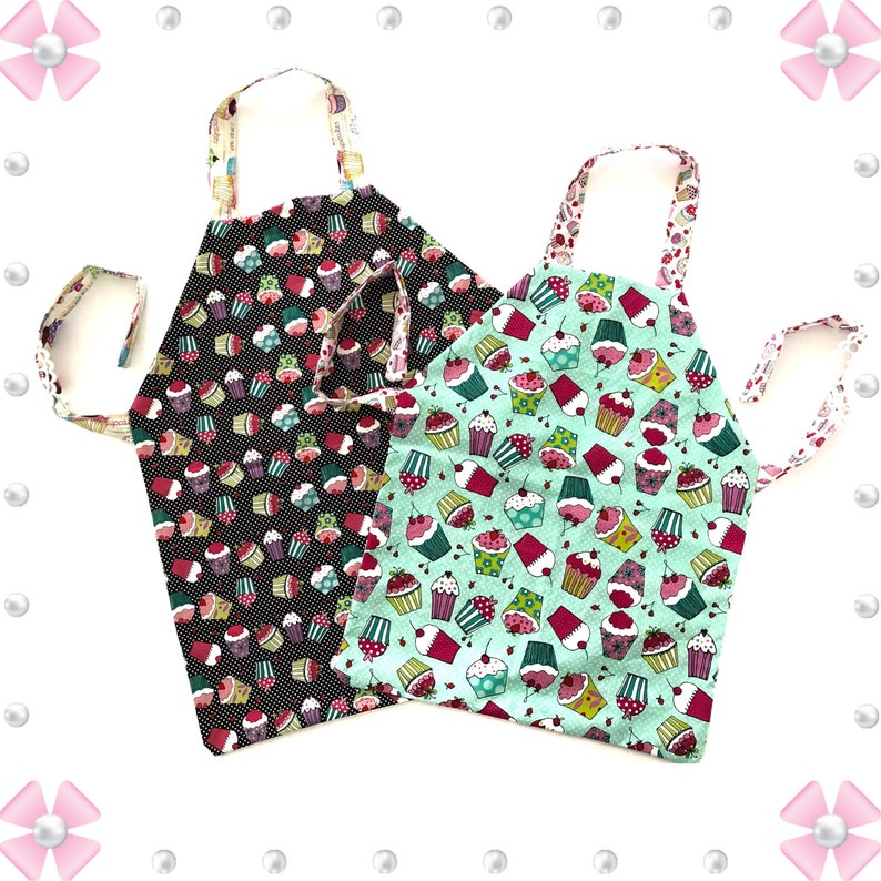 picture regarding Free Printable Apron Patterns referred to as Mom Daughter Apron Layouts / Habits in direction of Crank out Aprons / Sewing Behavior / How in the direction of Sew an Apron / Very simple Apron Habit / Apron Habit E book