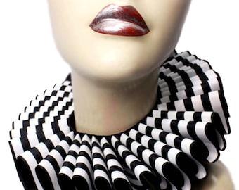 Ruffled Collar Zebra Stripes Gothic Neck Ruff Victorian Steampunk Queen Black White