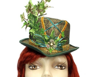 Poison Ivy Mini Riding Top Hat Steampunk Cosplay Fascinator Cocktail Green Gold