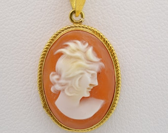 "Vintage Small Cameo Pendant Necklace 18"" Chain 14K Gold"