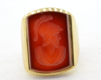 14K Men's Gladiator Signet Ring Size 10.25