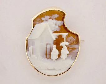 14K Yellow Gold House Cameo Brooch/Pin