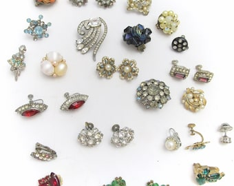 Vintage Earring Bundle for Crafting - Matching and Single Earring Pieces - Craft Supply - As Is - De Stash Sale
