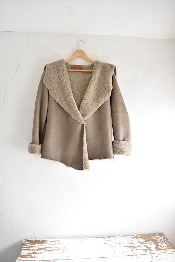 Shearling jacket. Byloom & Hyde.