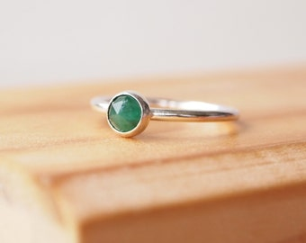 Emerald Ring - Sterling Silver and Emerald Ring - May Birthstone Jewelry -  Stacking Birthstone Ring - Green Gemstone Ring - Emerald Jewelry