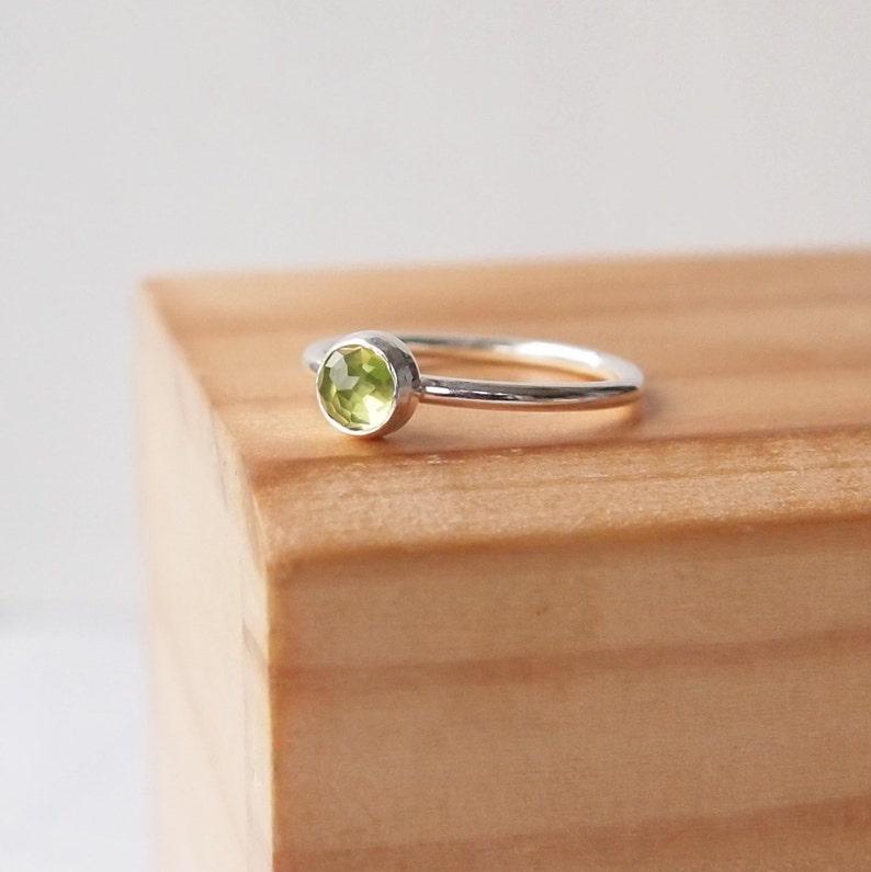 Peridot Ring Silver Peridot Birthstone Ring  August image 0