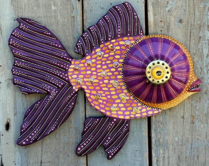 "Big Eye Goldfish Colorful Folk Art Fish Wall Scupture 21"""