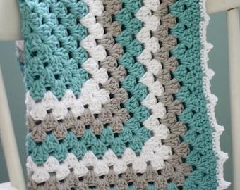 Daisy Cottage Designs Granny Square Blanket Crochet Pattern, Granny Square Crochet Pattern, Easy Crochet Pattern