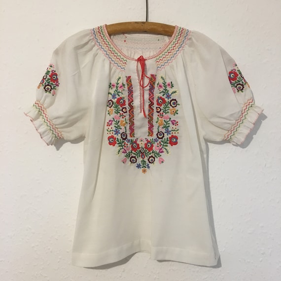 Size 12 Authentic Hungarian folk blouse.