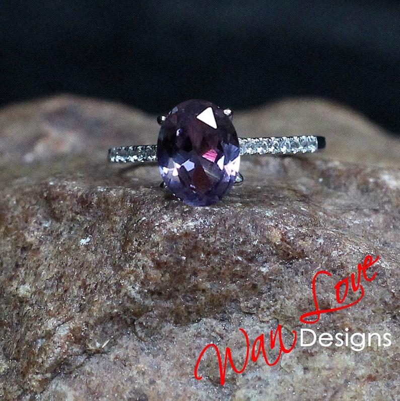 7dd9545896aa4 Alexandrite Sapphire & Diamond Engagement Ring | Etsy