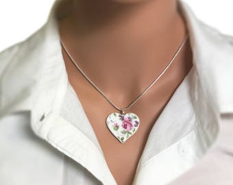 Heart Shaped Necklace. Pink Floral Hearts. Special Occasion. Hand Made. Pink Rose. Vintage Broken China. Gift Box. Silver Chain Included