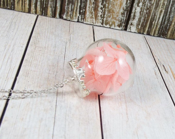 Real Preserved Flowers Glass Ball Globe Pendant Necklace - Pink Dyed Hydrangea