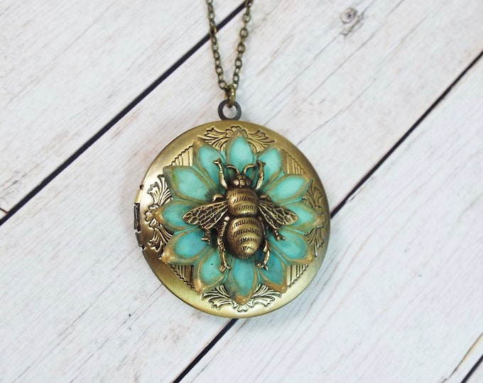Bee Flower Locket Round Brass Picture Locket
