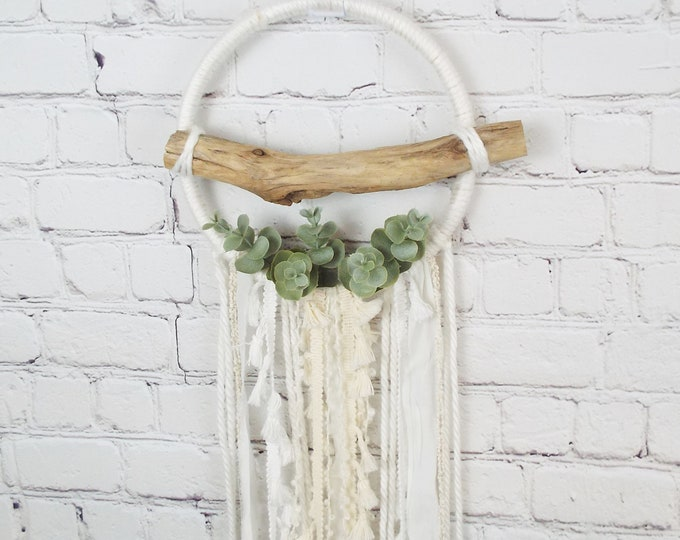 Farmhouse White Natural Driftwood Ivory Dream Catcher
