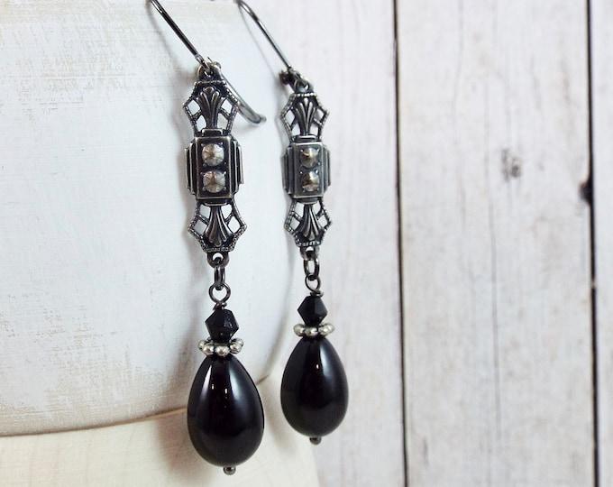 Victorian Lolita Black Drop Earrings - Sombre Reine - by SPDJewelry