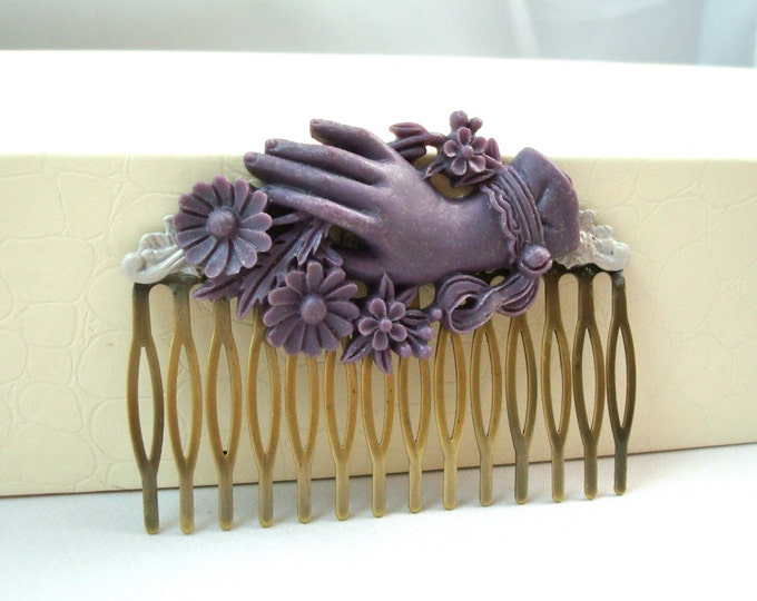 Victorian Hand Purple Hair Comb - Vintage Hair Accessory