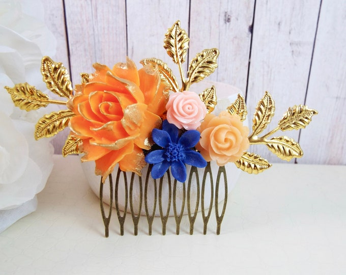 Honey & Carrot Gold Floral Spray Hair Comb
