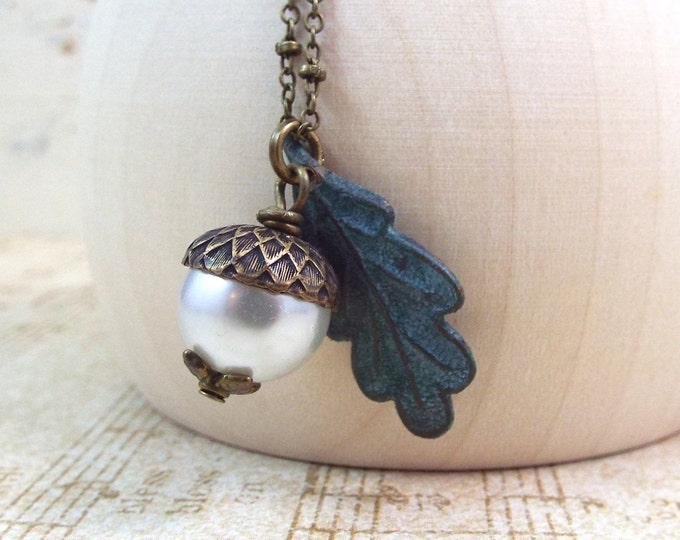 Oak Leaf Acorn Autumn Pearl Pendant Fall Necklace - Secret Garden