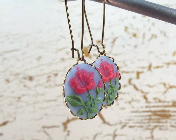 Tropical Hibiscus Flower Earrings - Bronze Cameo Earrings