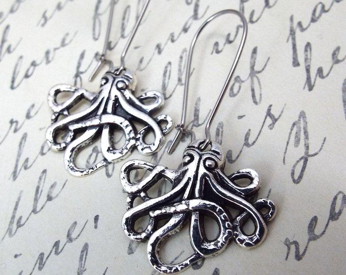 Silver Octopus Cthulhu Earrings - Split Personality Designs