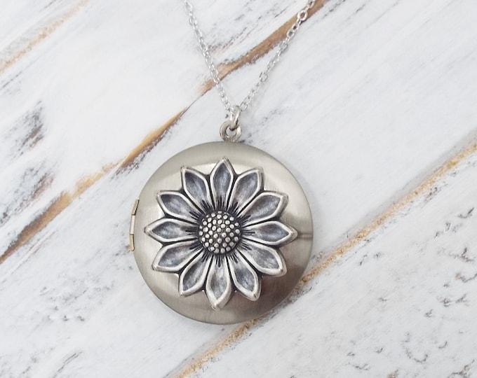 Antique Silver Sun Flower Sunflower Keepsake Locket