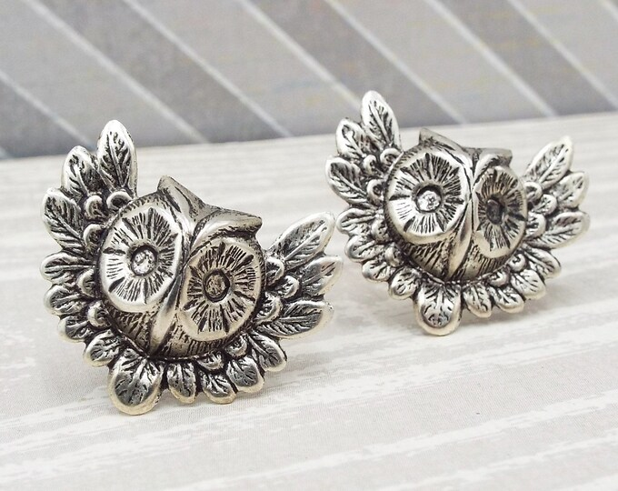 Oxidized Silver Owl Raptor Cuff Links