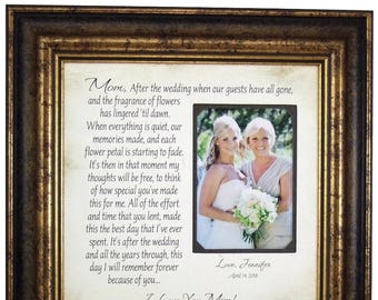 Mother of the Bride Gift, Wedding Photo Frame, Mom Dad Wedding Gift, rustic wedding, arrow cake topper, Parents Wedding Gift, 16x16