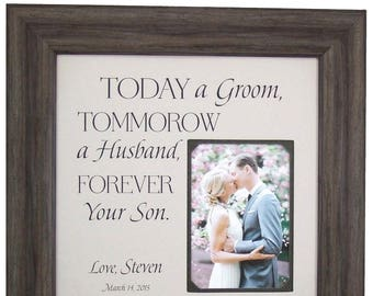 Wedding Gift for Parents of the Groom, Personalized Wedding Picture Frame, Mother of the Groom Gift, Wedding Gift for mom, 16x16