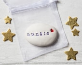 Gift For Auntie - Gift pebble with pouch
