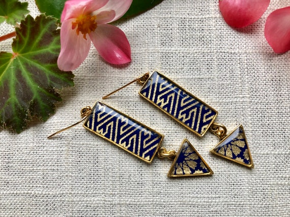 Blue Chiyogami Paper and Gold Earrings/elegant and modern blue earring gift/origami earrings/japanese jewelry gift/friend gift