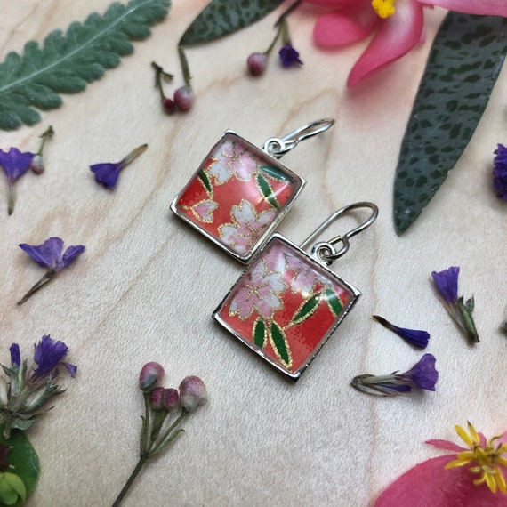 Origami Paper and Resin Earrings/colorful flower earrings/origami earring gift/origami flower earrings